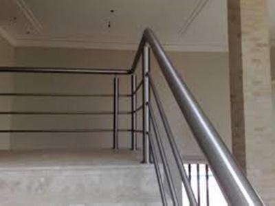 Orçamento de Corrimão Inox para Rampa Jardim Santa Marcia - Corrimão para Escada Externa