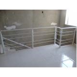 grade de proteção de escada